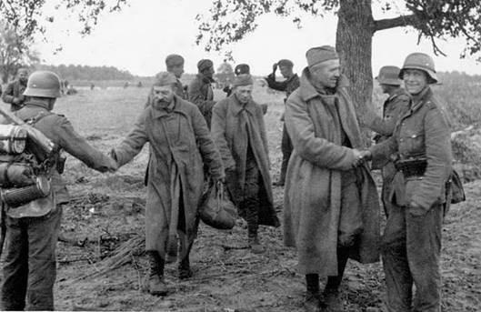 переход частей красной армии на сторону немцев городской центр